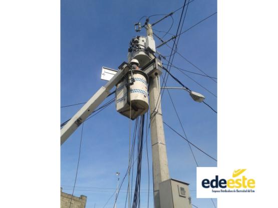 Cluster Metering Systems in EDEESTE